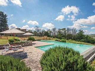 6 bedroom Villa in Lilliano, Tuscany, Italy : ref 5523509