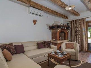 2 bedroom Villa in Kirmenjak, Istria, Croatia : ref 5520084