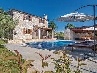 2 bedroom Villa in Kirmenjak, Istria, Croatia : ref 5520084