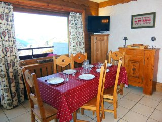 2 bedroom Apartment in Les Ménuires, Auvergne-Rhône-Alpes, France : ref 5514212