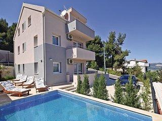 4 bedroom Villa in Zedno, Splitsko-Dalmatinska Zupanija, Croatia : ref 5562500