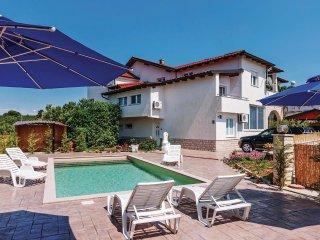 6 bedroom Villa in Debeljak, Zadarska Županija, Croatia : ref 5521737
