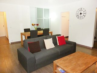 3 bedroom Apartment in Bois-Colombes, Ile-de-France, France : ref 5556836