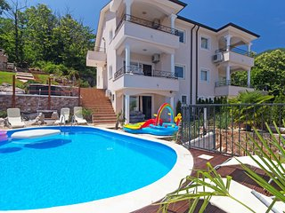 5 bedroom Apartment in Dobrec, Primorsko-Goranska Zupanija, Croatia : ref 556976