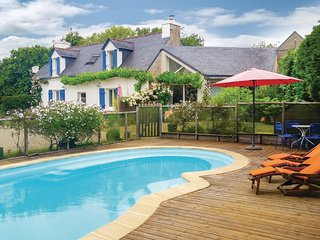 2 bedroom Villa in Benodet, Brittany, France : ref 5522027