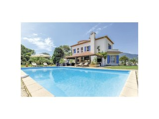 6 bedroom Villa in Cavalaire-sur-Mer, Provence-Alpes-Cote d'Azur, France : ref 5