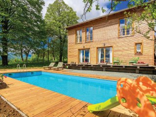 3 bedroom Villa in Dragasi, Karlovacka Zupanija, Croatia : ref 5564816