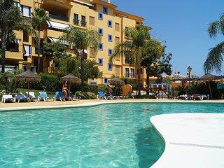 3 bedroom Apartment in Nueva Andalucia, Andalusia, Spain - 5560383