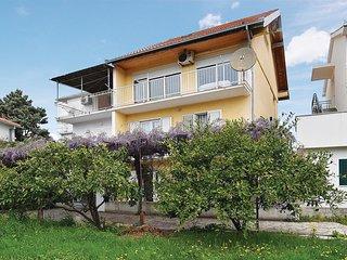 6 bedroom Villa in Podglavica, Šibensko-Kninska Županija, Croatia : ref 5522778