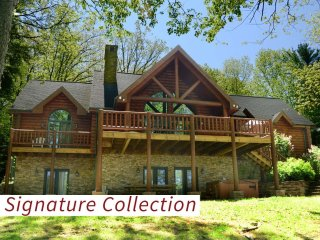 Unwind in Unreel! This lovely lakefront home boasts the perfect location for