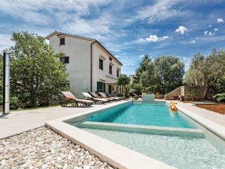 5 bedroom Villa in Veli Vrh, Istria, Croatia : ref 5520737