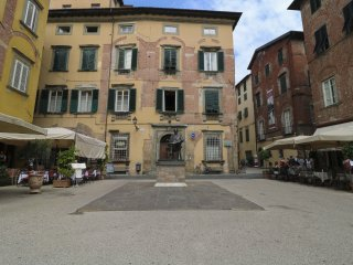 3 bedroom Apartment in Lucca, Tuscany, Italy : ref 5518231