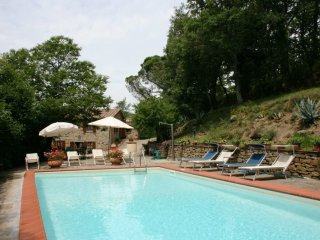 3 bedroom Villa in Pieve Santo Stefano, Tuscany, Italy : ref 5239793