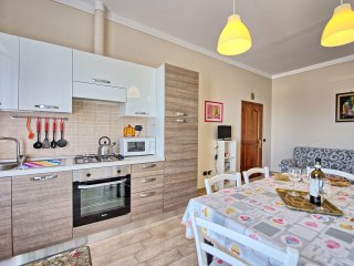 2 bedroom Apartment in San Gimignano, Tuscany, Italy : ref 5239367