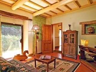 6 bedroom Villa in Mignana, Tuscany, Italy : ref 5513100