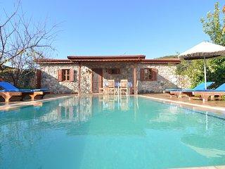 Rita - Villa Buketi, Secluded Villa for real privacy