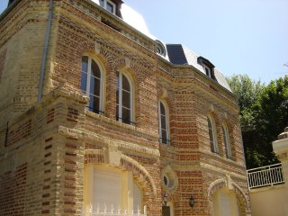 5 bedroom Apartment in Villers-sur-Mer, Normandy, France : ref 5516999