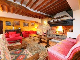 7 bedroom Villa in Celle sul Rigo, Tuscany, Italy : ref 5558584