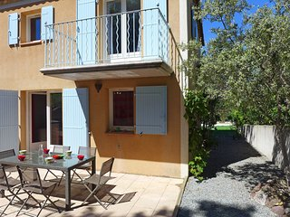 3 bedroom Apartment in Valescure, Provence-Alpes-Cote d'Azur, France : ref 55456