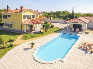 3 bedroom Apartment in Trgetari, Istria, Croatia : ref 5519431