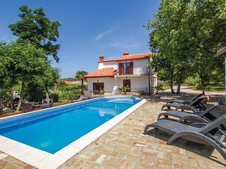5 bedroom Villa in Krapan, Istria, Croatia : ref 5520271