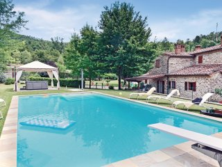 3 bedroom Villa in San Giuliano Terme, Tuscany, Italy : ref 5523478