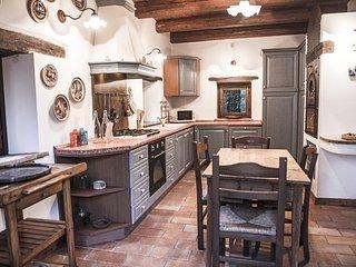 5 bedroom Villa in Offagna, The Marches, Italy : ref 5569738