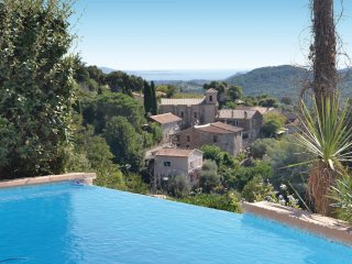 4 bedroom Villa in L'Église, Provence-Alpes-Côte d'Azur, France : ref 5522172