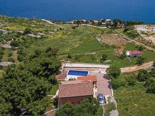 4 bedroom Villa in Čelina, Splitsko-Dalmatinska Županija, Croatia : ref 5562508
