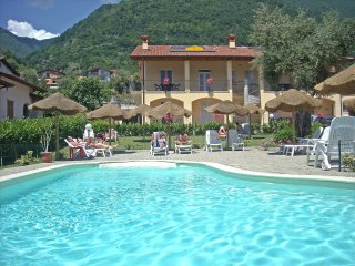 2 bedroom Apartment in Ossuccio, Lombardy, Italy : ref 5517063