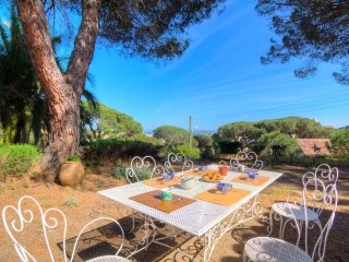 4 bedroom Villa in Sainte-Maxime, Provence-Alpes-Côte d'Azur, France - 5514934