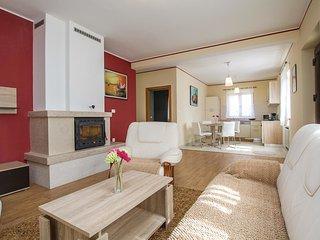 7 bedroom Villa in Santalezi, Istria, Croatia : ref 5520360