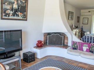 "3 bedroom Villa in La Seyne-sur-Mer, Provence-Alpes-CA""te d'Azur, France : ref 5"
