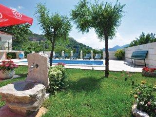 3 bedroom Villa in Podaspilje, Splitsko-Dalmatinska Županija, Croatia : ref 5562