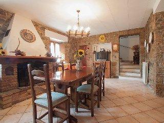 4 bedroom Villa in Acqualoreto, Umbria, Italy : ref 5554528