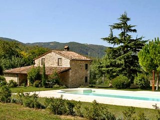 4 bedroom Villa in Acqualoreto, Umbria, Italy : ref 5554528