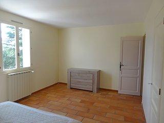 3 bedroom Villa in Saint-Saturnin-lès-Apt, Provence-Alpes-Côte d'Azur, France :
