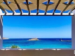 8 bedroom Villa in Ano Syros, South Aegean, Greece : ref 5433231