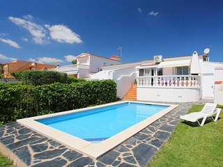 3 bedroom Villa in Empuriabrava, Catalonia, Spain : ref 5519112