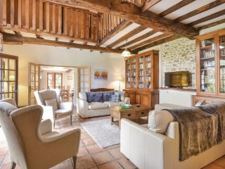 5 bedroom Villa in Lichos, Nouvelle-Aquitaine, France : ref 5570138