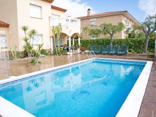 4 bedroom Villa in Sant Carles de la Rapita, Catalonia, Spain : ref 5552474