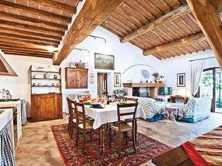 3 bedroom Villa in Località Il Colle, Tuscany, Italy : ref 5523498