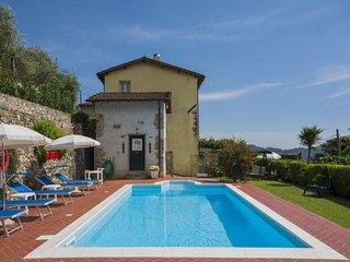 4 bedroom Villa in Salapreti, Tuscany, Italy : ref 5517653