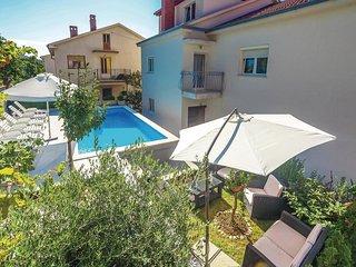 8 bedroom Villa in Crikvenica, Primorsko-Goranska Županija, Croatia : ref 552097