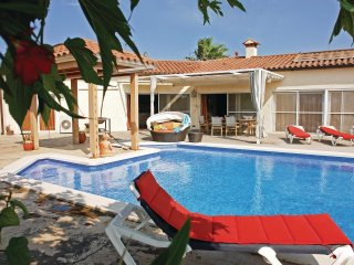 4 bedroom Villa in Vilacolum, Catalonia, Spain : ref 5549023