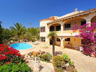 4 bedroom Villa in Urbanitzacio Montemar, Valencia, Spain : ref 5518006