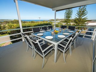 Fingal Bay Beach House