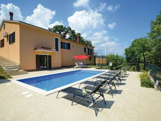 4 bedroom Villa in Benazici, Istria, Croatia : ref 5564374