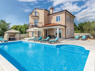 5 bedroom Villa in Rovinjsko Selo, Istria, Croatia : ref 5520849