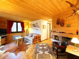 3 bedroom Apartment in Les Praz-de-Chamonix, Auvergne-Rhône-Alpes, France : ref